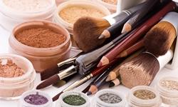 Как хранить косметику и ухаживать за ней