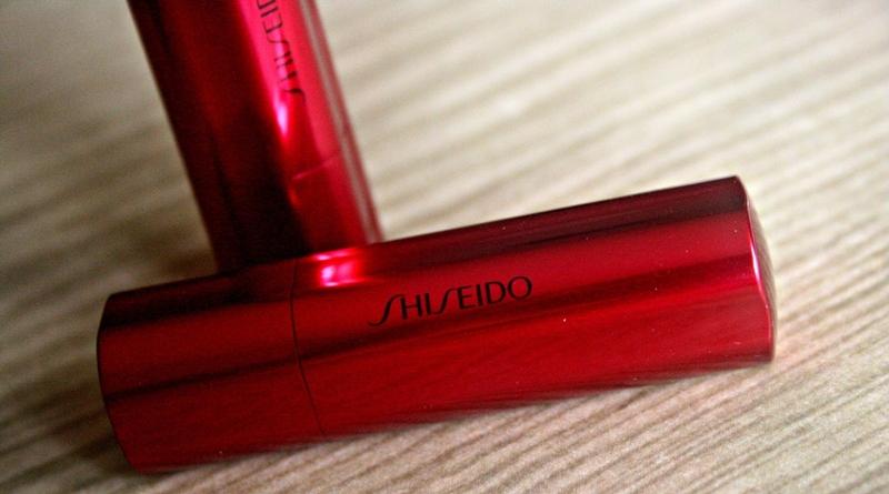 Новая помада Shiseido Идеальный красный