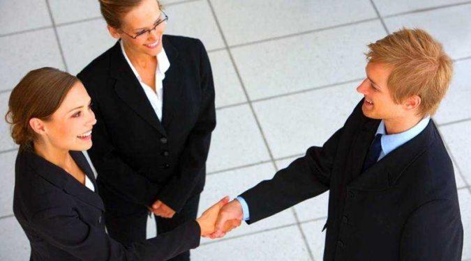 Как общаться с коллегами