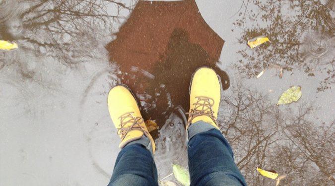 Как правильно ухаживать за обувью в непогоду