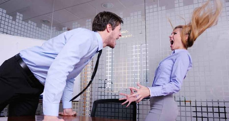 Если раздражает коллега