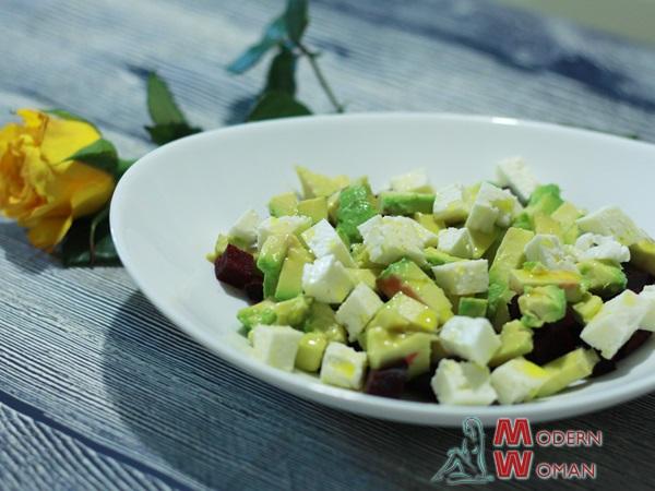 Быстрый салат с авокадо